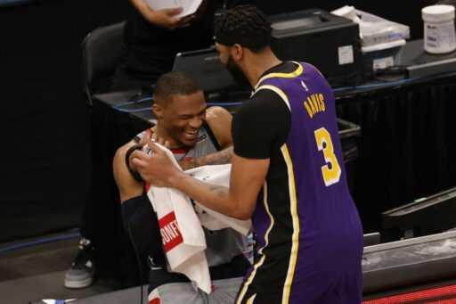Rumeurs commerciales NBA: les Lakers devraient-ils échanger contre Russell Westbrook cette saison morte?