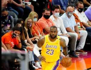 Coût des billets Lakers vs Warriors et Brooklyn Nets vs Milwaukee Bucks : sont-ils chers ?
