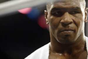 Les opposants bizarres Mike Tyson pourraient se battre en 2022, dont Logan Paul